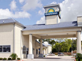 Days Inn Suites Houston ChannelView
